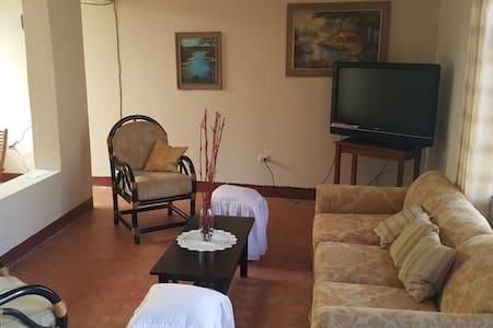 rooms for rent near keiser University - House