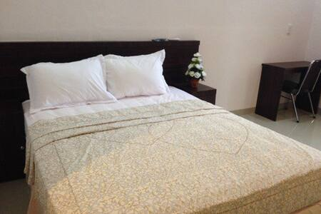 Home Stay (Dyana Hotel)-Medan - Bed & Breakfast