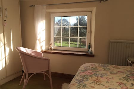 Single Bedroom in Cumbrian Cottage - Chatka