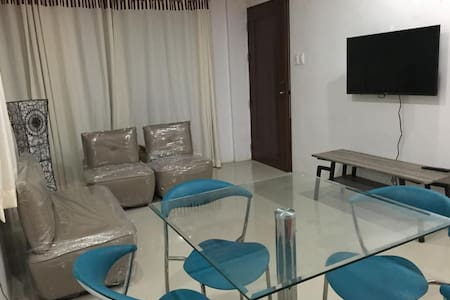 Short stay furnished apt - Daire