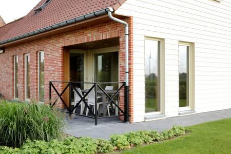 Back2Front vakantiehuis - Ypres - Hus