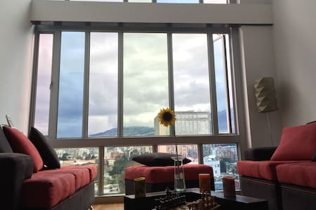 LUXURIOUS LOFT  WITH VIEW IN THE HEART OF QUITO - Quito