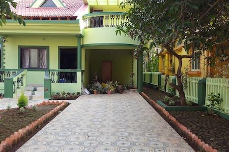 Family-Style Villa near Colva Beach - Colva