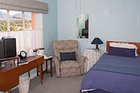 Room 7 - Tulbagh - Bed & Breakfast