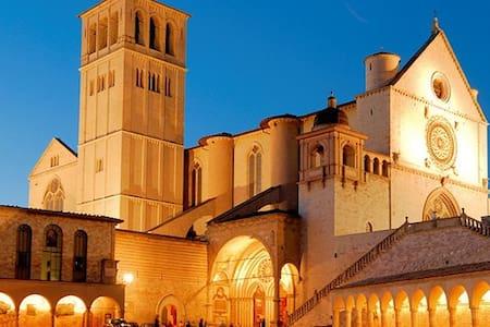 Offerta  Pasqua in Umbria - Bastia Umbra - Apartment