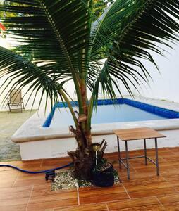 Casa con alberca 10min de la playa - Dům