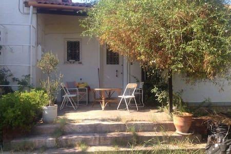 Για οικογενειες-ζευγαρια--κατοικιδια - Istiaia - Casa
