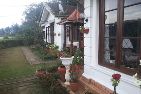 Comfortable Home Stay, new room - House