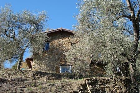 Pipistrello, een romantisch huisje - Haus