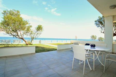 5 meters from beach, Villa! - Kolymvari - Villa