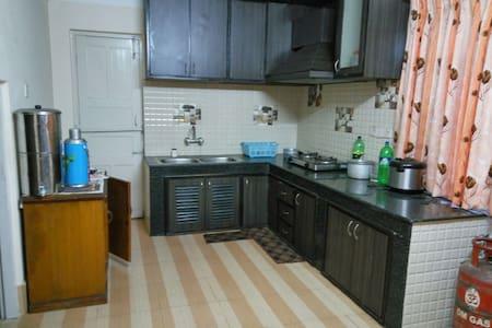 Spacious apartment at the center of Kathmandu - Apartment