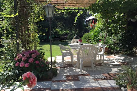 b&b il curlo: room3 with a view for you! - Calvagese della Riviera