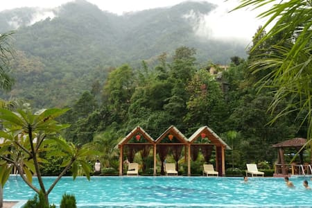 Sundar Resort: for a soul searcher (Deluxe room) - Rangpo - Autre
