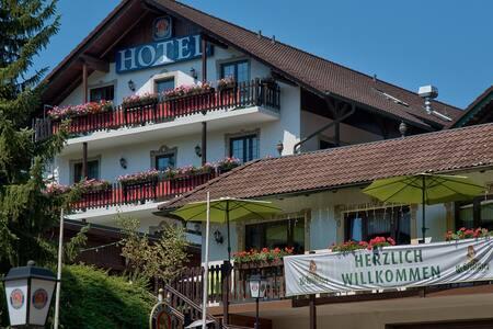 Urlaubs und Businesshotel - Bed & Breakfast