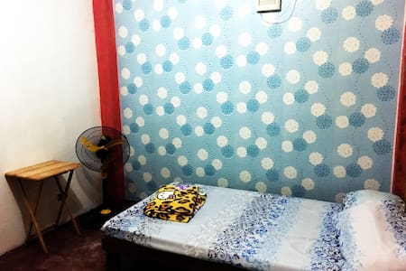 Complete Amenities near town room for 4 pax - Baguio