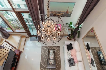 Amazing 5 star duplex in prime area - Bangkok