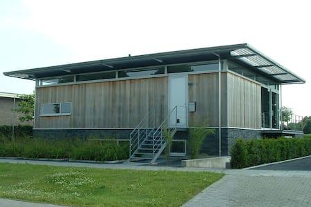 Ruurlo, gemeente Berkelland - Villa