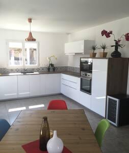 Belle villa+terrasse - idéal séjour pro/détente - House