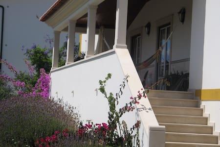 Tipica vivenda portuguesa - Haus