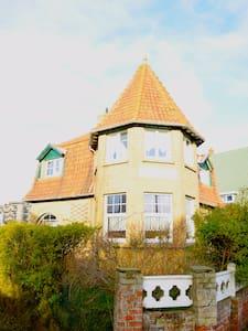 Villa authentique pour vacance au bord de mer - Koksijde