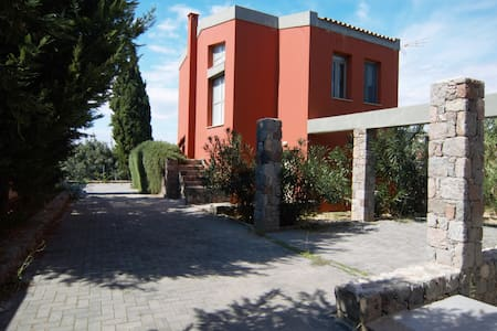 Modern Summertime Villa - Egina