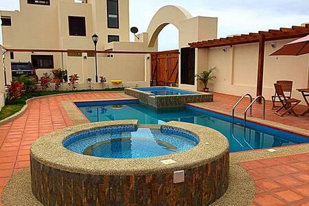 LUXURY PACIFIC BEACH HOME - Villa#2 - Villa