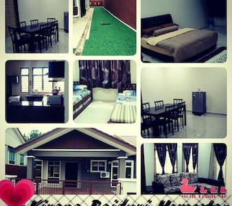 KiranaBaiduri guest house at Sepang - Sepang - Hus