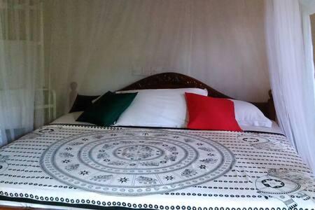Heritage home  with 2 bedroom - Dodanduwa - House