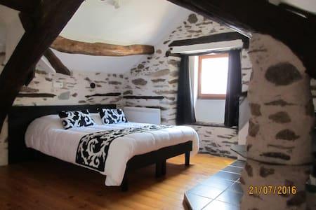 Chambre d'hôte Laurel & Hardy dans vallée du Tarn - Gästehaus
