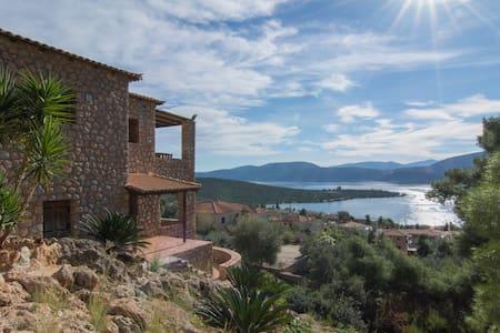Luxury Stone villa - Korfos