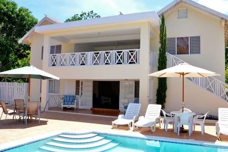Butterfly Villa, Silver Sands. - Duncans - Villa