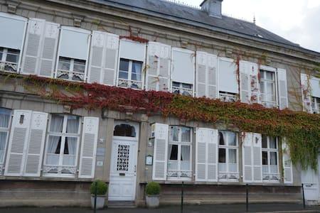 Maison  de caractère  et chaleureuse - Fauquembergues - Bed & Breakfast