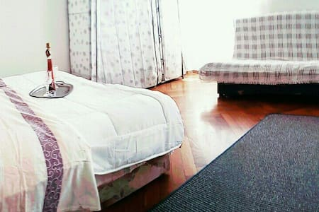 Very Central! Green Market Studio - Apartment