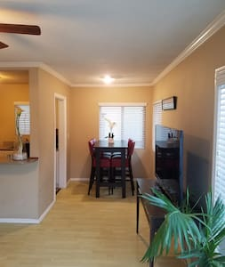 Great Location! Close 2 Beach w/ Patio - MS2 - San Diego - House