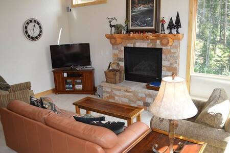 Antlers at Lakota - 3BR Townhome + Private Hot Tub #103