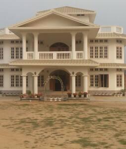 Jungjung Homestay - Dimapur - Aamiaismajoitus