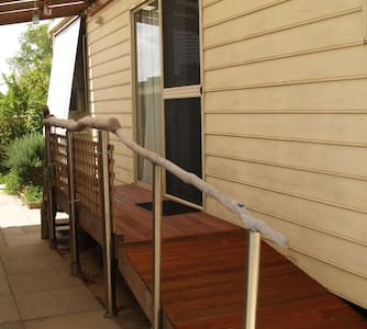 FREMANTLE AREA COTTAGE, Cosy 2 BDRM - Wohnung