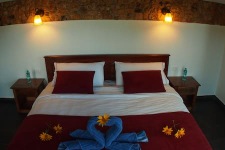 Mindo Coffee Lodge & Spa - Bed & Breakfast