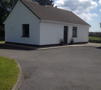 Charming Connemara Chalet - Xalet