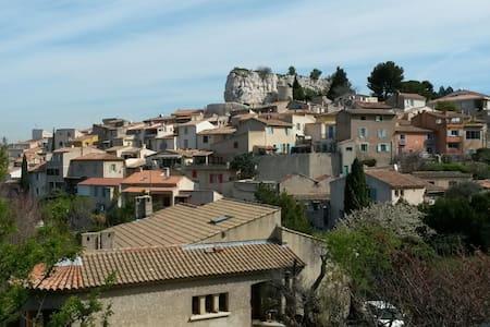 T3 a  15 mns d Aix en Provence - Appartamento