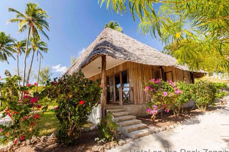 Doubleroom with Aircondition Hotel on the Rock - Paje - Bungalow