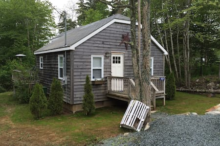 Summerville Centre Cottage - Hunts Point - Cottage