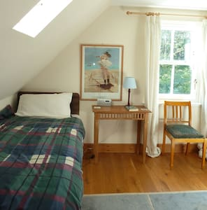 Family/Twin room - spacious/comfort - Bed & Breakfast