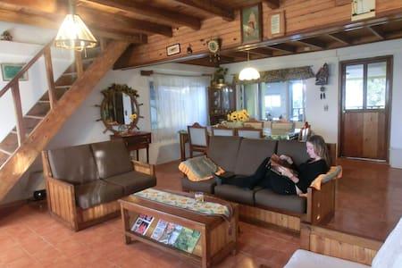 Chalet get away  in Cerro Azul - Dağ Evi