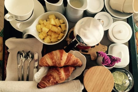 Authentic bed and breakfast - Ixelles