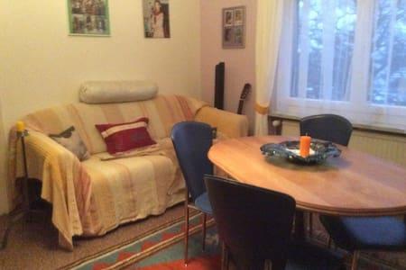 """Schlafzimmer """"Sara""""in Wohnung - Horn - Wohnung"""