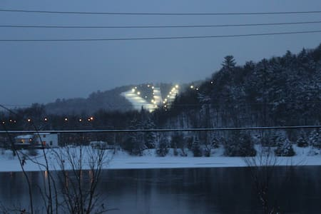 RiverGingerbread home views skihill and River! - Chalupa