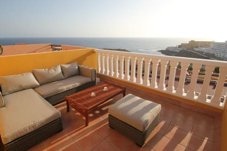 Precious townhouse with stunning sea view - Apartment
