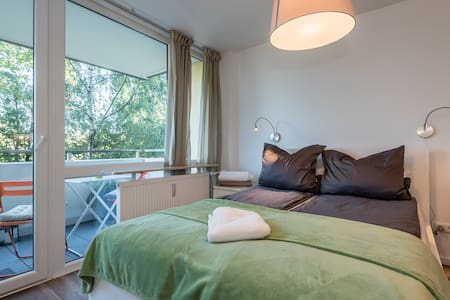 Comfortable Studio Fürstenfeldbrück near Munich - Apartament
