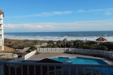 Sensational View at Oceanfront  2 BR/2 Bath condo - Byt